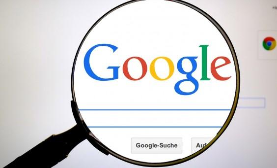 Raccourcis pour faire des recherches sur Google