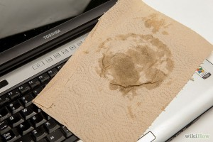 670px-Save-a-Laptop-from-Liquid-Damage-Step-4